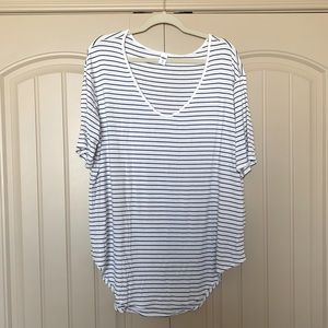 Old Navy White and Black Striped T-Shirt